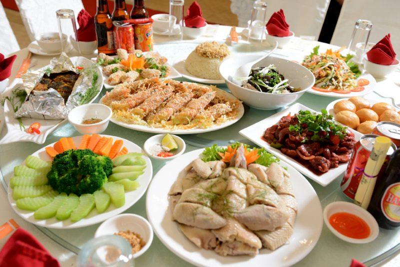 traditional Vietnamese wedding menu